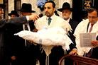 No Berit Milá do filho do R. Marc Falak